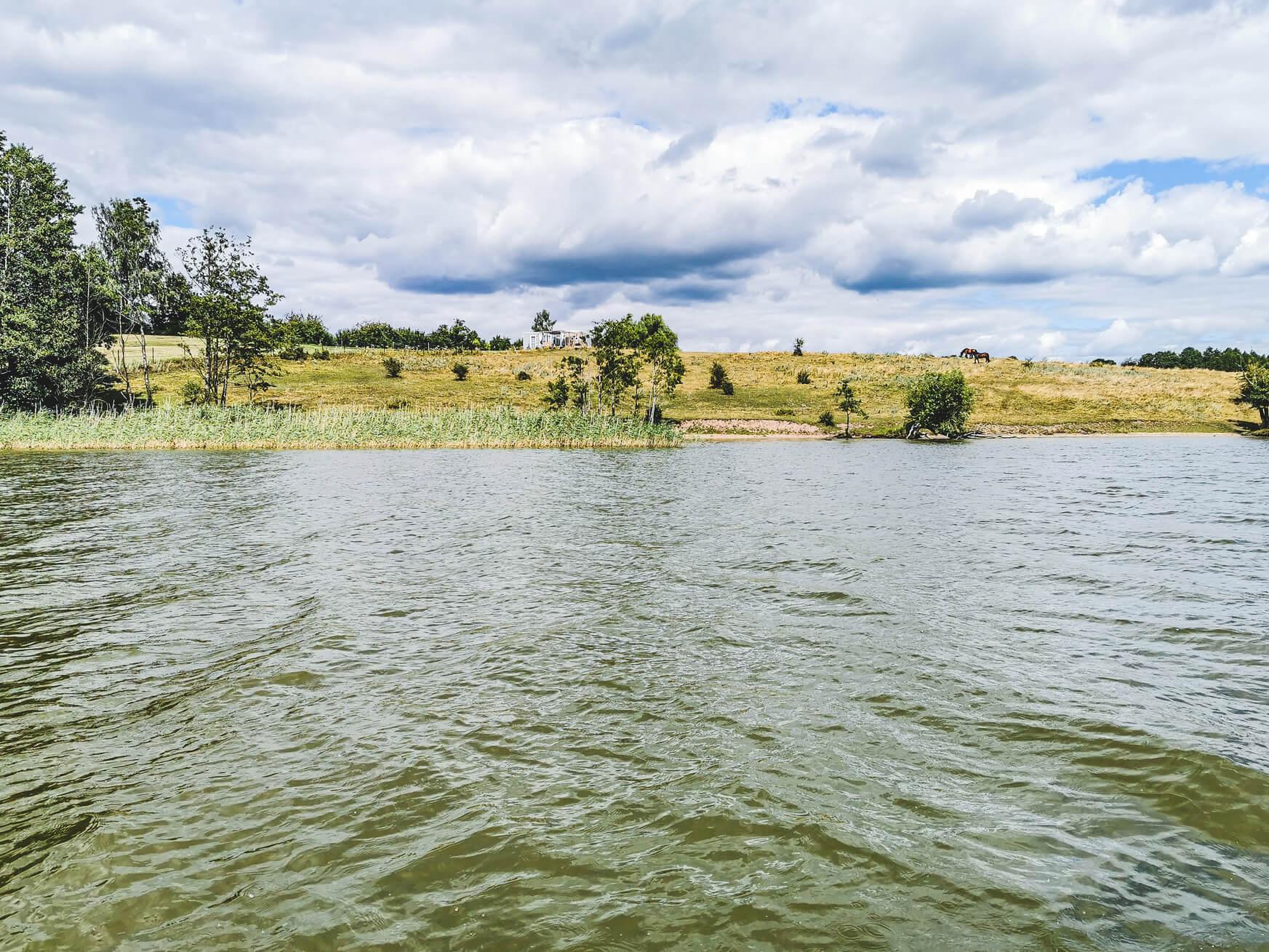Mazury widok z jeziora